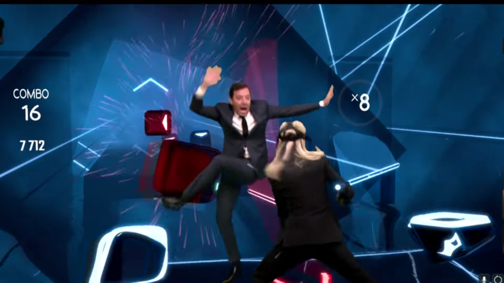 Brie Larson (Captain Marvel) a Jimmy Fallon hrají Beat saber