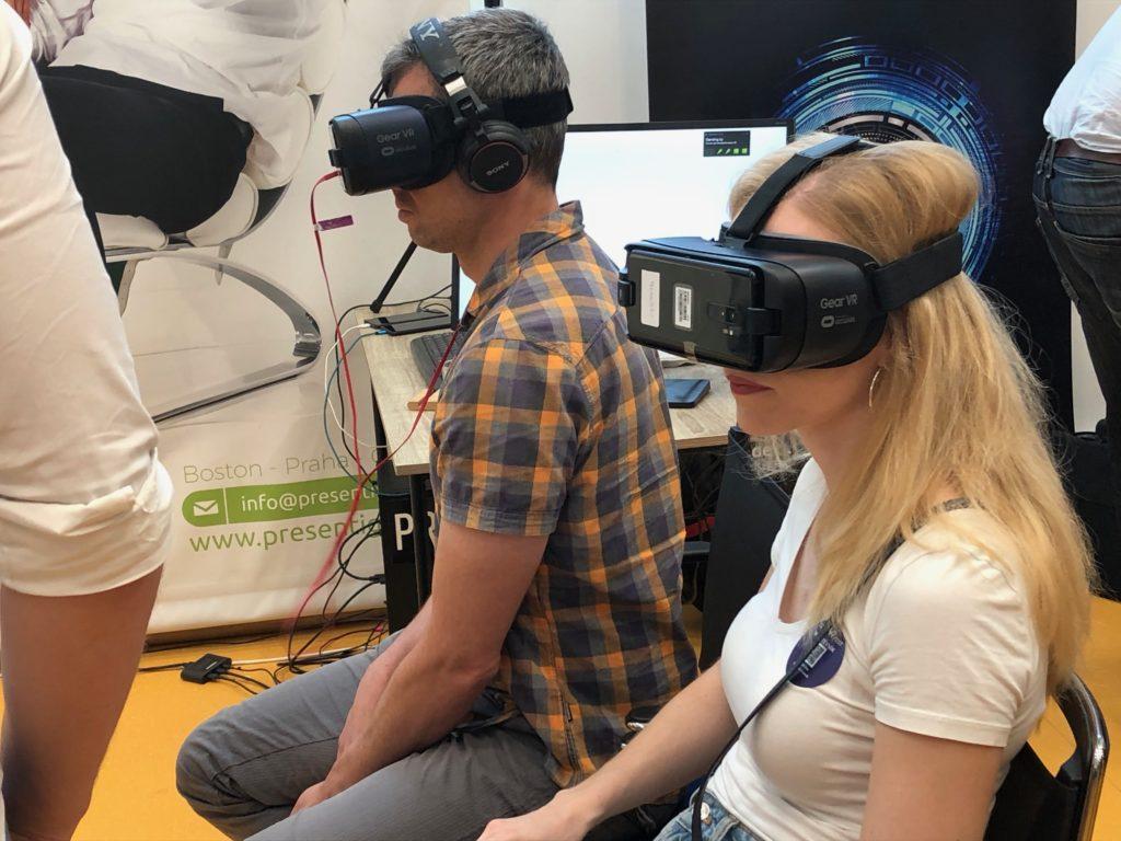 Návštěvníci Czech VR Fest 2019 si mohli vyzkoušet i Samsung Gear VR